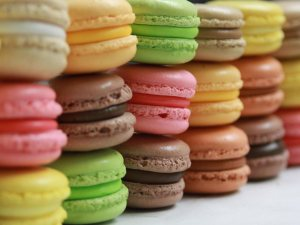 macarons colours