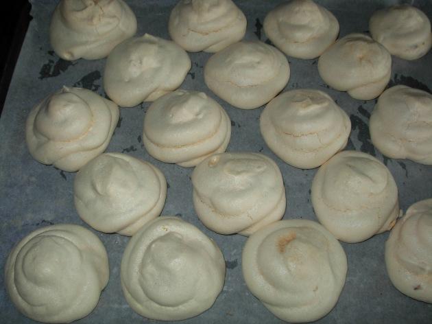 cooked meringues