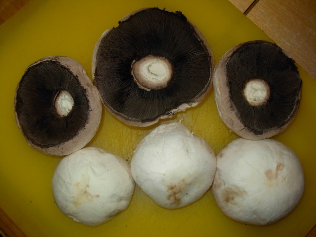 Peel flat mushrooms